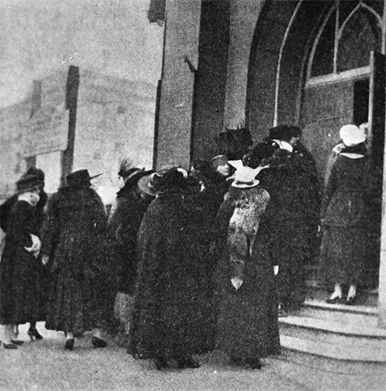 Laborprostitutes1917use